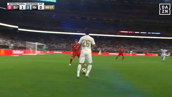 「本当に特別」「もっと観たい」久保建英のレアルデビュー戦を世界のサッカーファンはどうみたのか?