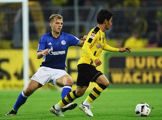 Borussia+Dortmund+v+FC+Schalke+04+Bundesliga+mRZjO9-STbPl