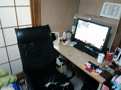 11日後自室 パソコン周辺