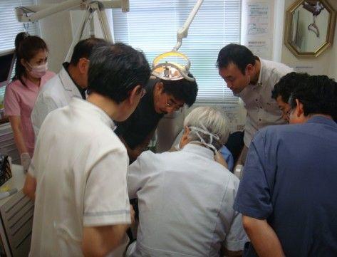 歯科医院向け睡眠時無呼吸(SAS)の講演の様子