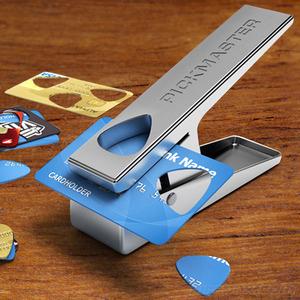 ギターのピックをクレジットカードで自作する機械