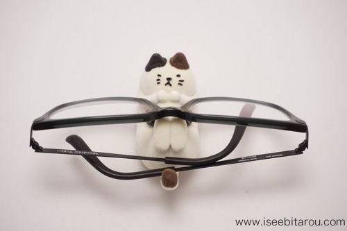 猫の眼鏡スタンド9