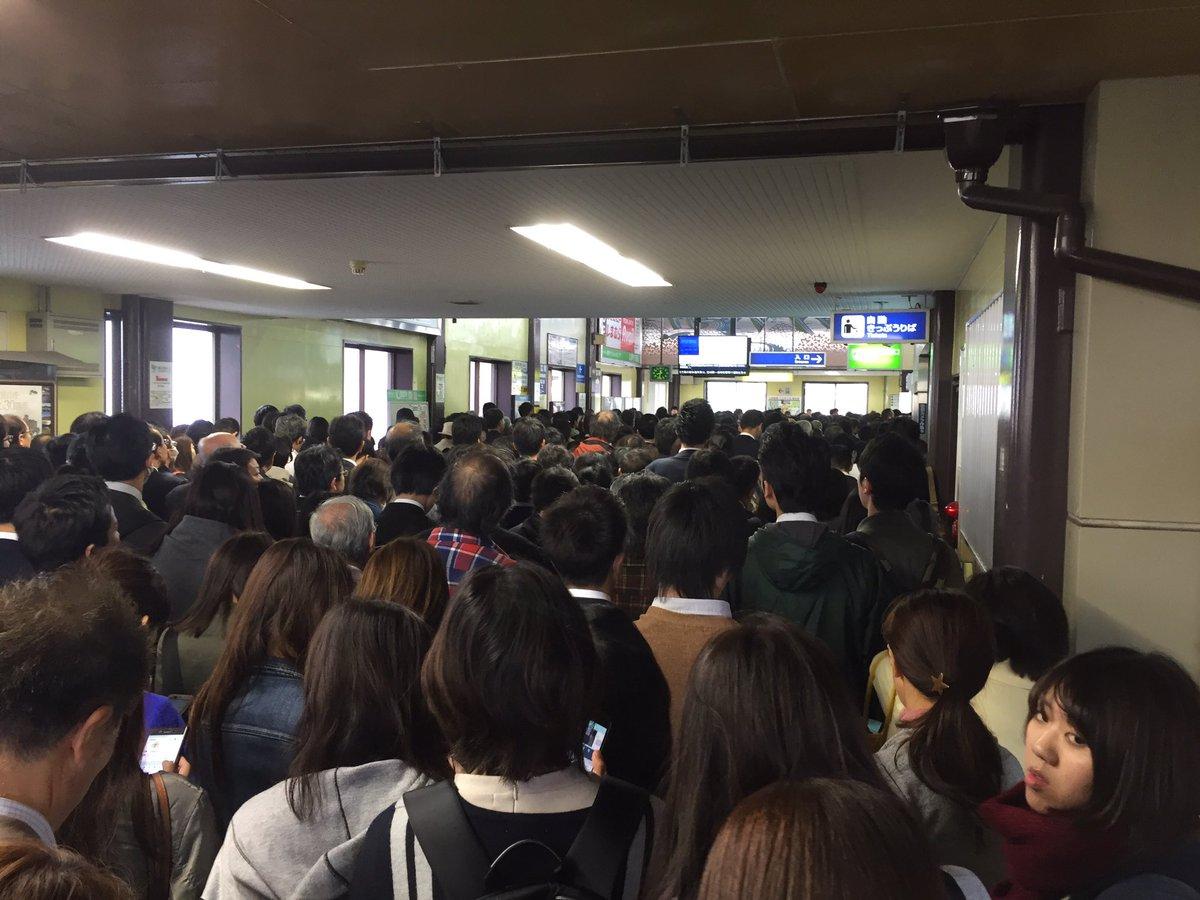 【JR宝塚線】台風21号影響  三田駅が大混雑で地獄絵図に!現地Twitterカオス画像がこちら