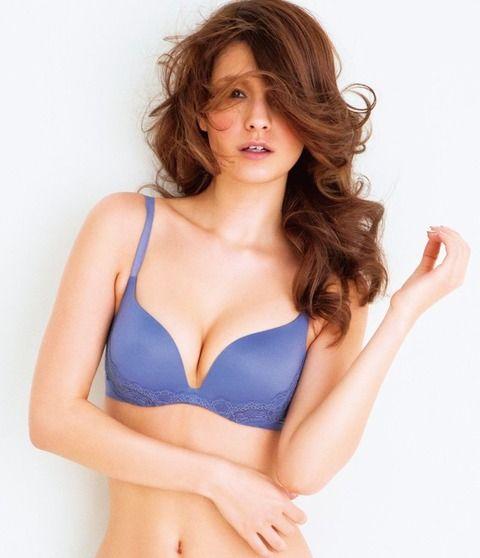 ハイスタ横山健と不倫報道で・・・モデル・マギーのTwitterが大炎上!!ガチでヤバい書き込み一覧がこちら・・・