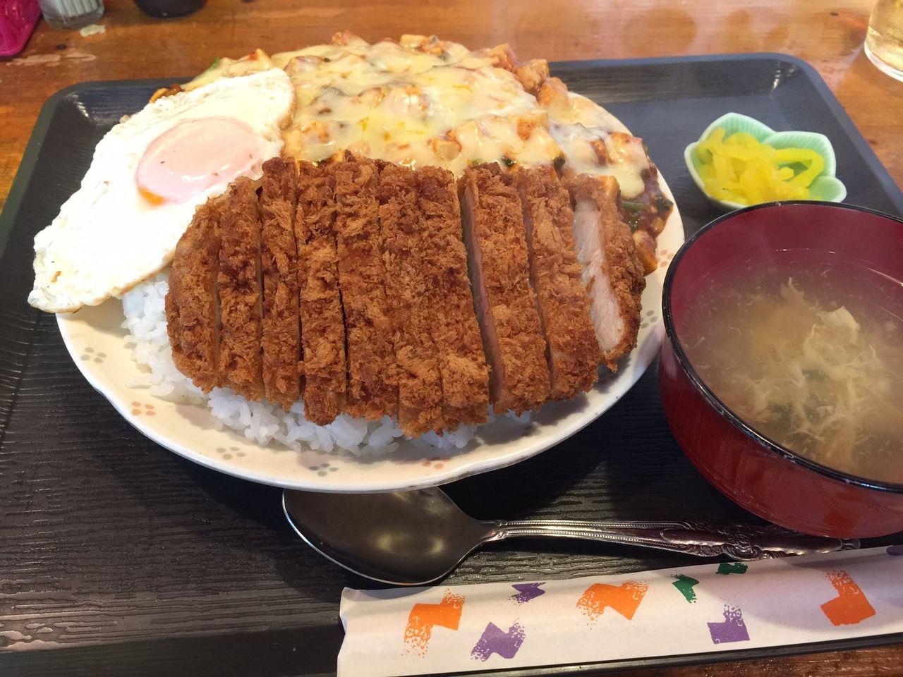 この麻婆チーズカツ1200円wwwwwwwwwww