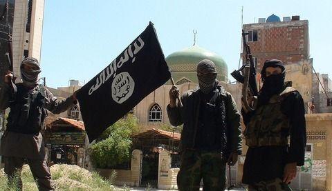 イスラム国の兵士、女装し逃亡も無事拘束&処刑wwwww(画像あり)wwwwwwwww