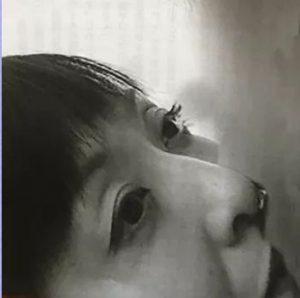 【再検証画像】斉藤由貴、若者層から「アラフィフのキス顔はキツい」ってよwwwwwww