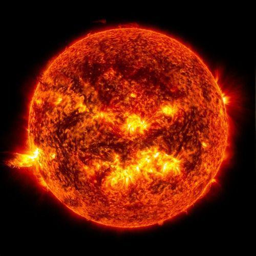 冷静に考えて1億5000万?離れてる太陽の熱を感じるってヤバくね?