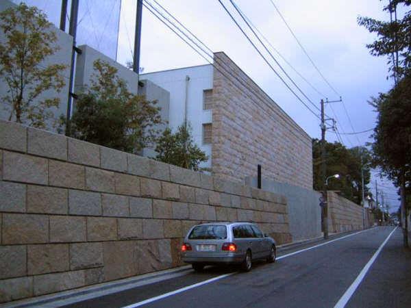 【画像】東京都渋谷区にあるユニクロ創業者柳井さんの家wwww