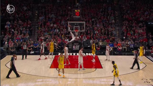 バスケなのに蹴り技でのディフェンスを披露したNBA選手のモーリス・ハークレスさん