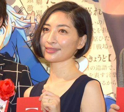 坂本真綾の代表曲といえばオタク「ヘミソフィア」にわか「色彩」ガイジ「いいちこのCMのやつ」