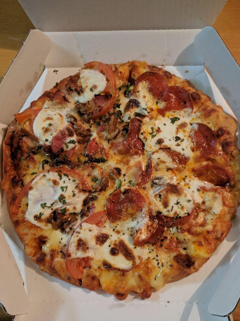 (   ´・ω・`   )ピザ届いた(※画像あり)