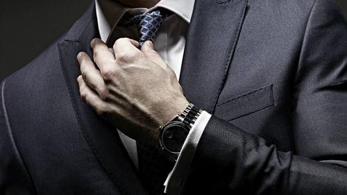 企業「スーツじゃなくて良いですよ」キャリセン「スーツで行け」