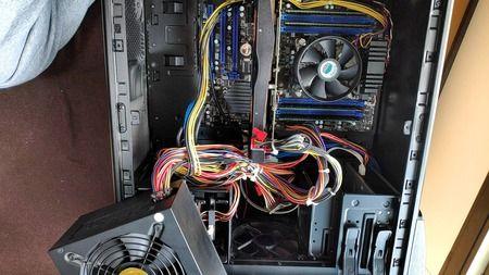PCの電源が死んだっぽいので