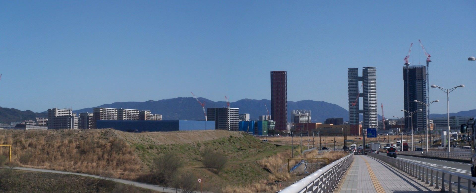 【悲報】福岡の人工島アイランドシティさん、マンション建てまくる