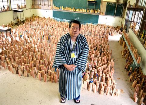 【東日本大震災】石巻の犠牲者と同数の木像を…3977体彫り続ける、美術家の覚悟 宮城・石巻市