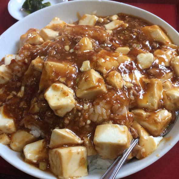 麻婆豆腐ってご飯にかけて食べるけどさ、ご飯が無い国ではどうやって食べてるの?