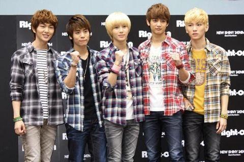 【速報】「SHINee」のメンバー、ジョンヒョン死去真相は?姉に衝撃のメールが・・