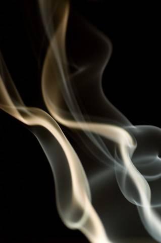 ワイ喫煙者、モンスター通行人に絡まれてしまう・・・・・・