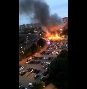 サヨクの理想郷スウェーデン、高失業率と格差拡大で若者の不満が爆発…車80台に一斉放火