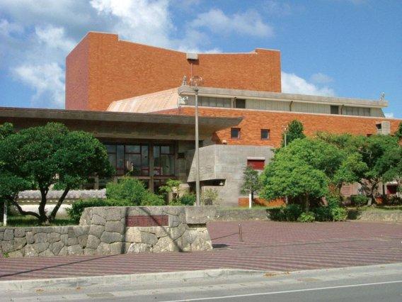 石垣市民會館外觀