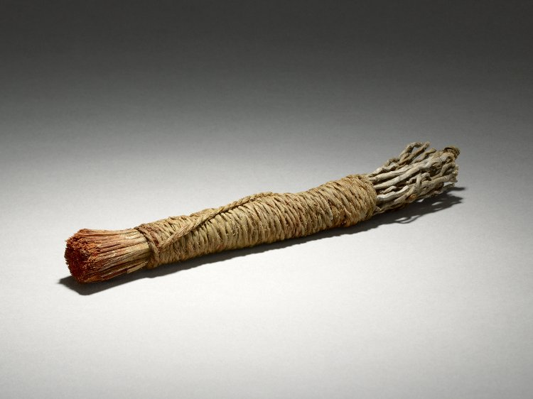 british_museum_brush_egypt_AN00542461_001_l