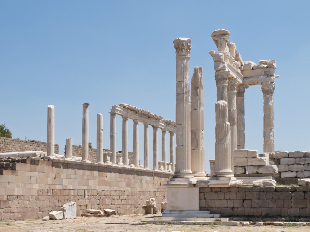 Pergamonの神殿wikipedia