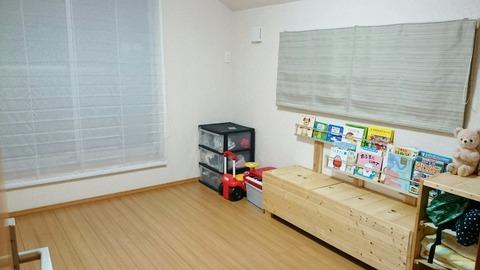 2階 洋室(6畳・バルコニー側)_180303_0010