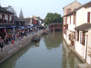 800px-Zhujiajiao_canal_1[1]