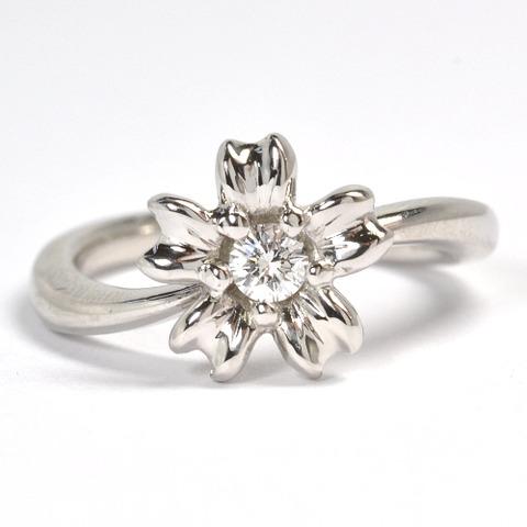 2011-107-2桜モチーフ婚約指輪