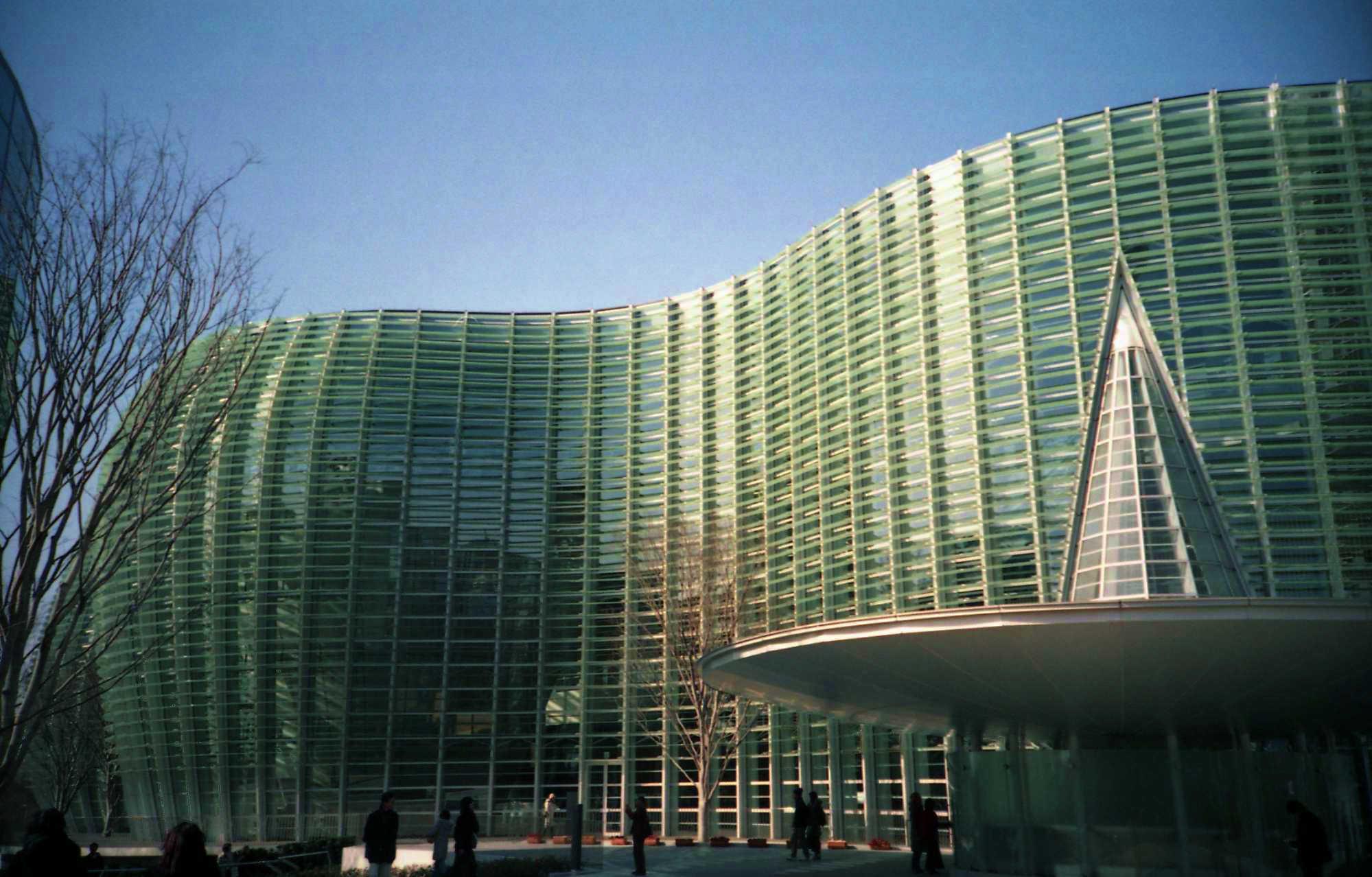 国立新美術館/東京の観光公式サイトGO TOKYO
