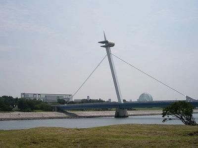 Kasai_Kaihin_Park,_Nagisa-bridge