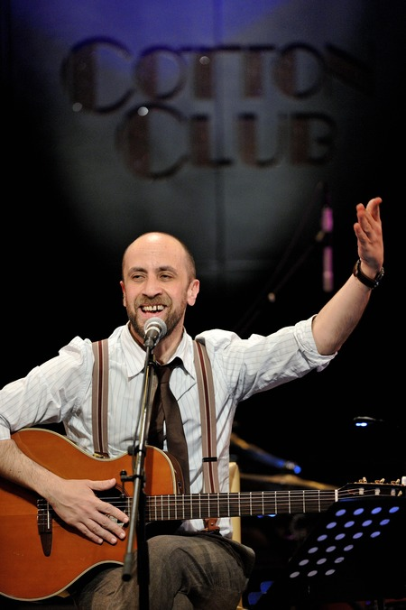 Joe Barbiri nel Cotton Club