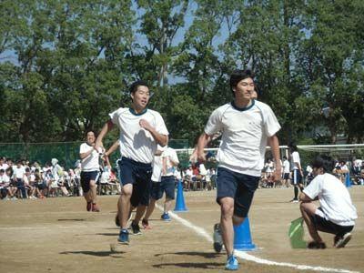 020_第39回体育大会_4×200mR・予選(男子)-01
