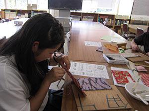 041_図書委員会 和綴じ本講座・クイズラリー他(校舎2F図書室)