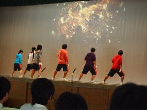 11_生徒会有志-舞台発表4