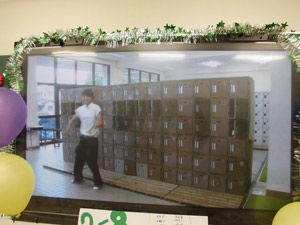 2-8模擬店・展示-展示映像「バカかっこいい」