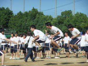 11-みんなでジャンプ_02
