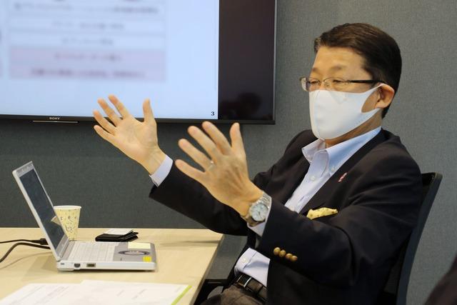ファーストキッチン株式会社代表取締役社長紫関修氏