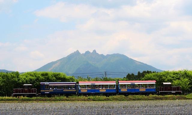 02_火_南阿蘇鉄道 根子岳とトロッコ列車