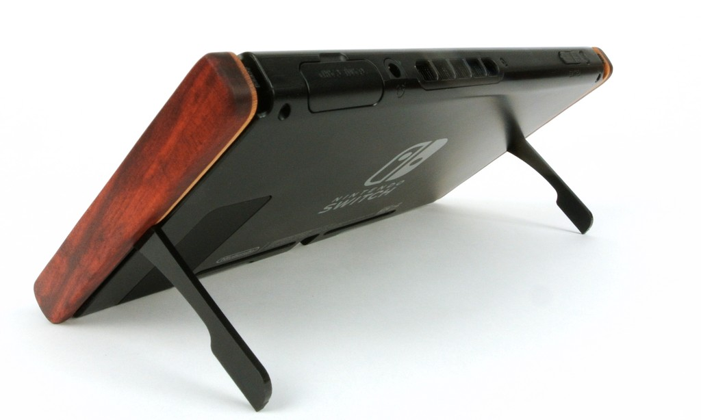 9d2581eed1 スマホケースにPCケース、パスモケース。愛着を持てるアイテムは、ついつい買ってしまいまう。Swichbladesはいらないようで欲しくなる、まさに愛着ついちゃうアイテム  ...
