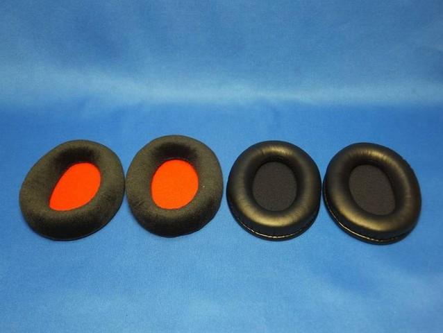 初代同様、二種類のイヤーパッドが付属する。