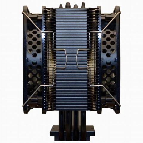 デュアルファンモードにするとTDP最大210ワットまでのCPUを冷却できる。