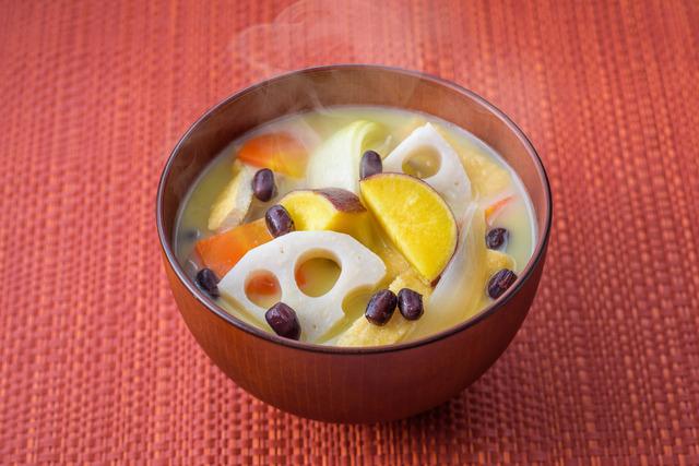 西のお事汁(白味噌)