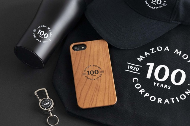 「マツダ100th Anniv. Wood iPhoneケース」