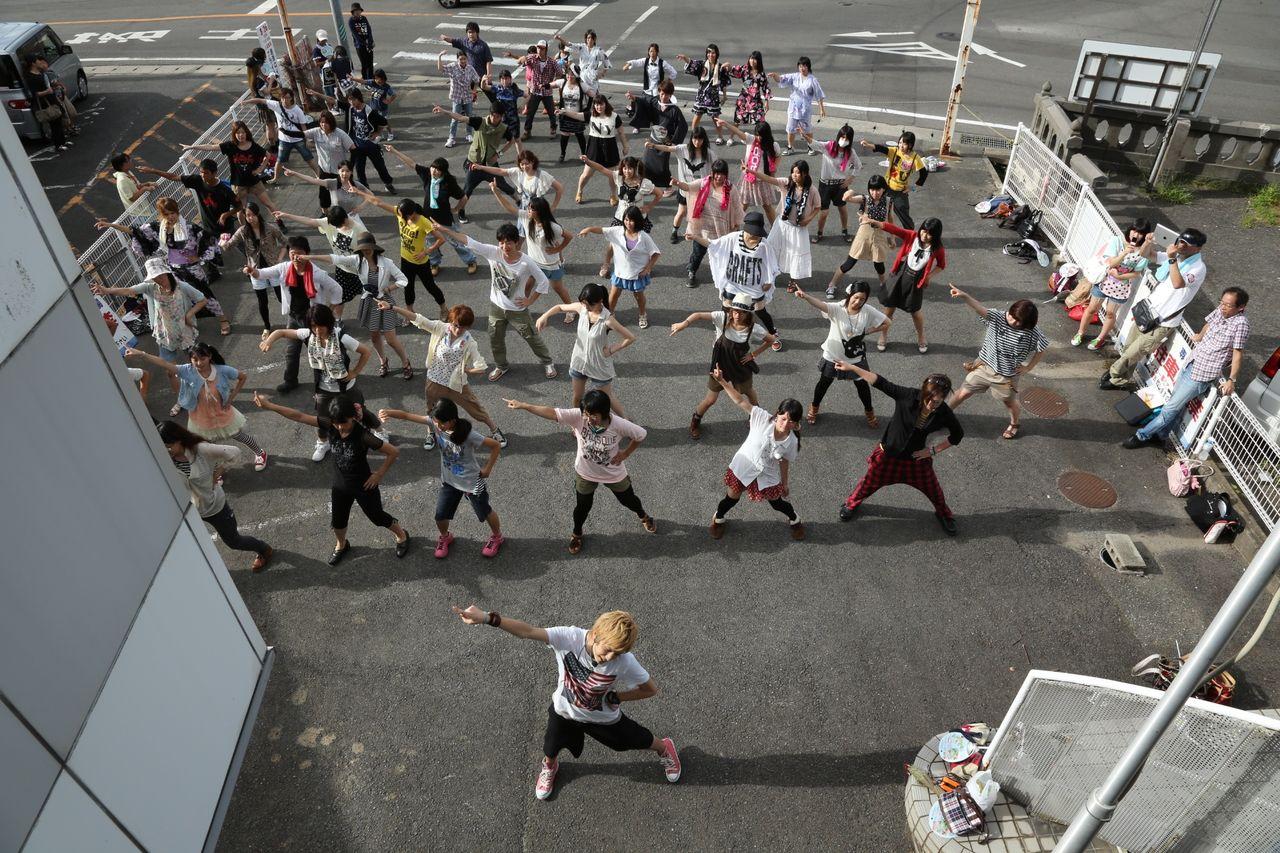 地方の元気が日本の元気に!「ニコニコ町会議」佐賀県唐津市呼子町に1万6千人が来場