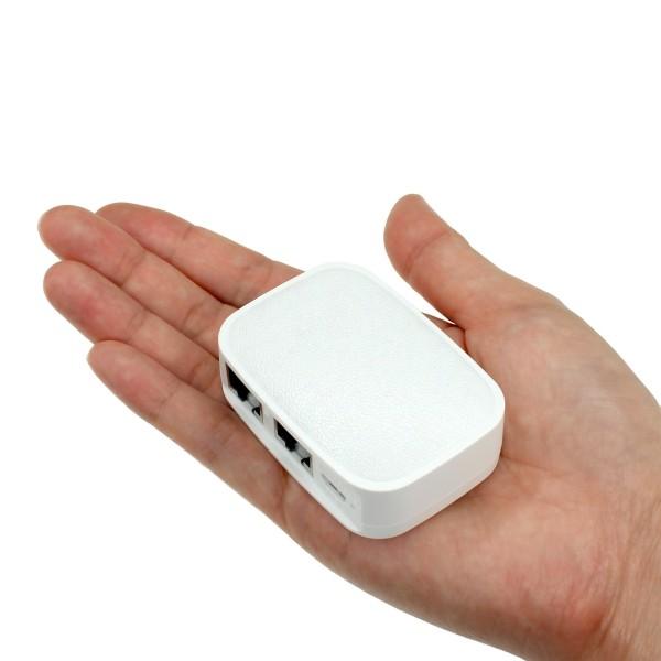 手のひらサイズのコンパクトさがポイントだ。