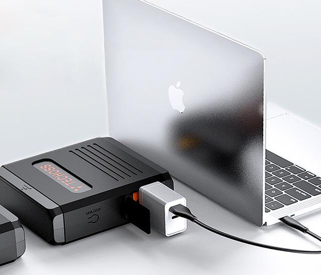 「超小型ポータブル電源TECHOSS」