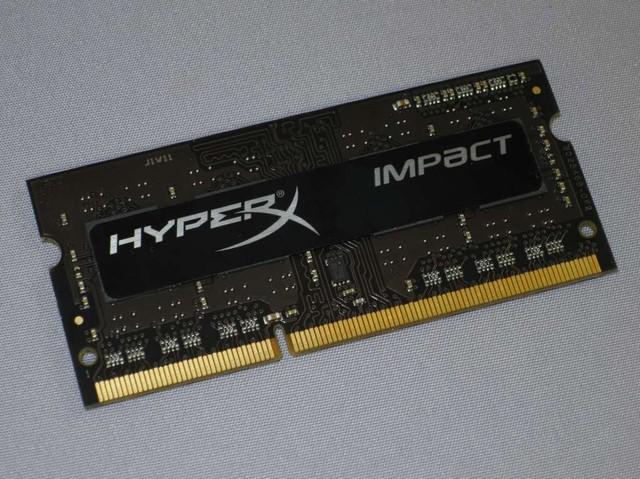 カッコイイデザインは、HyperXシリーズに共通だ。