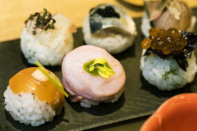 健康にも配慮した手鞠鮨は、見ためも可愛く、美味しい